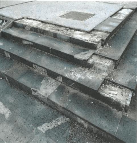 Namerno uničenje stopnic. Ali to res nekoga zabava? Vir: kocevje.si